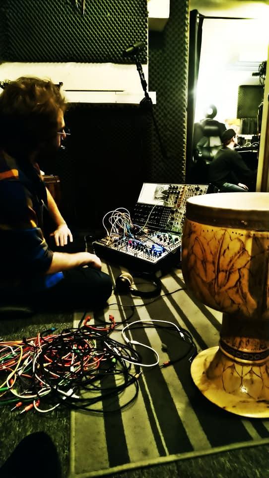 Azu Tiwaline Cikkun Livity Sound